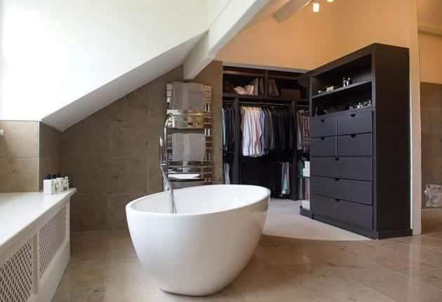 case eficiente termic baie cu dressing